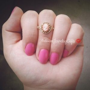 Pink Victorian Lady Cameo Ring